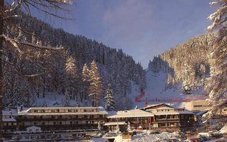 Náhled objektu Sporthotel Pampeago, Tesero, Val di Fiemme / Obereggen, Itálie